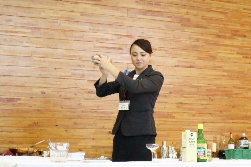 とちぎものづくりフェスティバル2018の公開練習部門レストランサービスに当ホテルの伊藤邦夫と別井悠莉が講師として参加いたしました